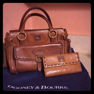 Dooney & Burke medium Pocket Satchel  and wallet